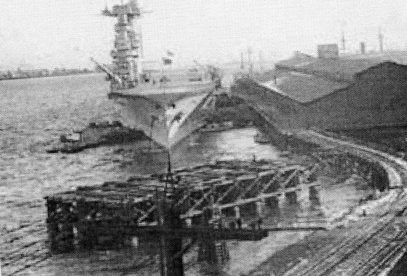 The U.S.S. Lexington supplying power to Tacoma in 1930